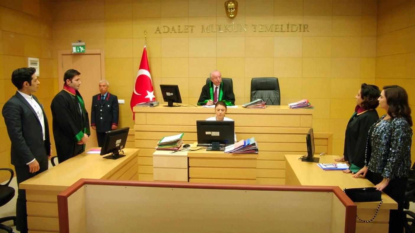 Temporada 1 Capítulo 44 - El juicio de divorcio de Merve y Serhan