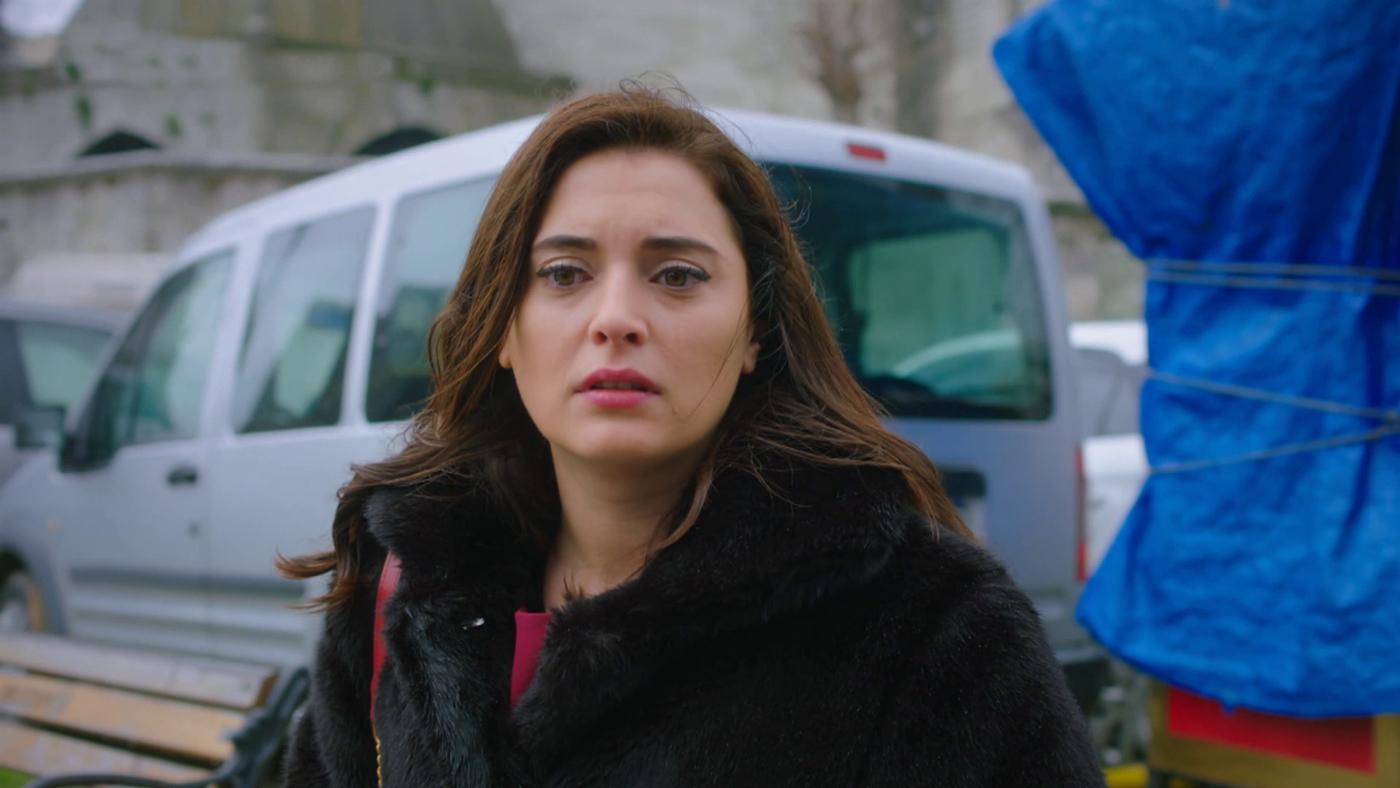 Temporada 1 Capítulo 45 - Merve sospecha que Serhan es infiel