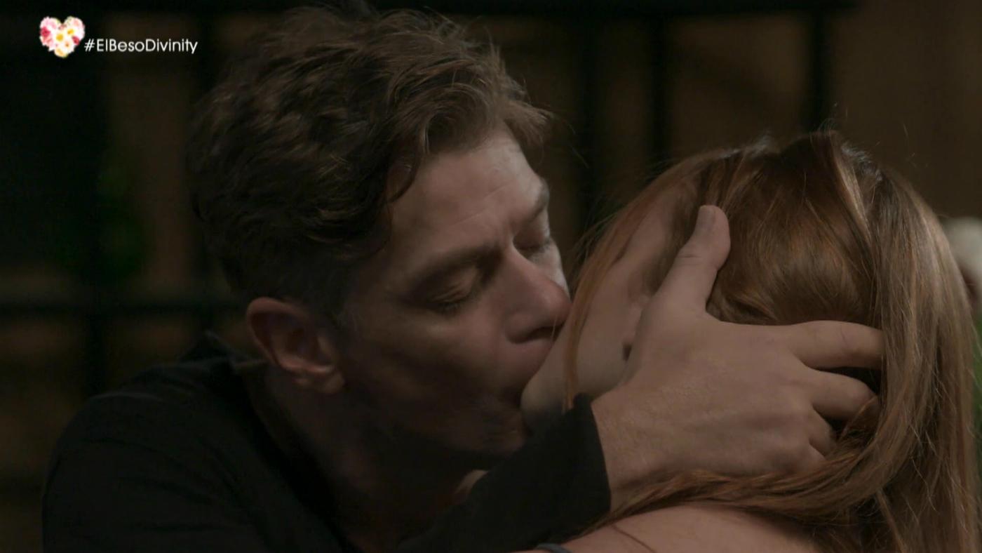 Temporada 1 Capítulo 45 - El beso