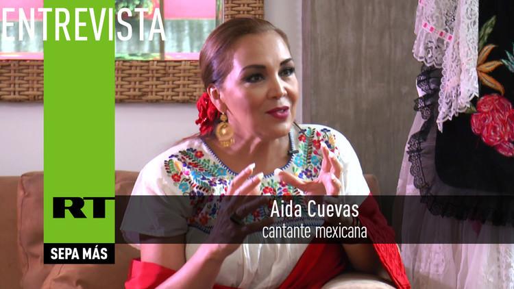 2016-09-17 - Entrevista con Aida Cuevas, cantante mexicana