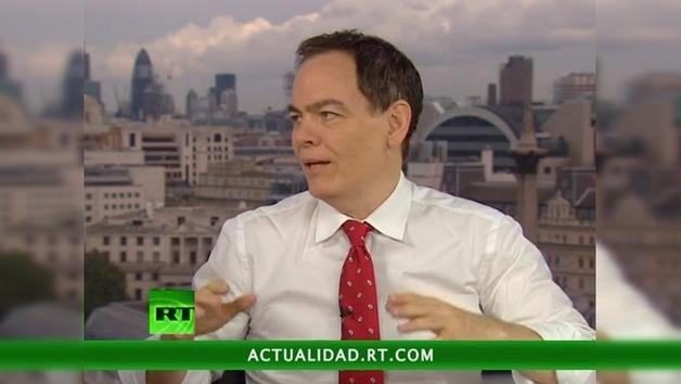 2012-10-06 - Keiser Report en español. El Oro vs los