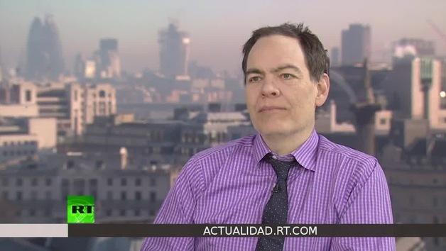 2013-01-19 - Keiser Report en español. La guerra de divisas: 'plan de almacenamiento' (E395)