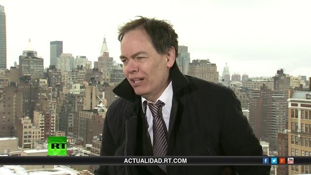 2013-03-23 - Keiser Report en español. Laboratorios de meta a la venta (E422)