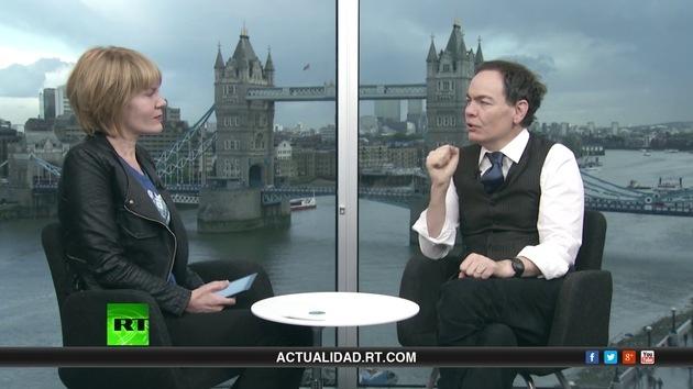 2013-10-31 - Keiser Report en español. El síndrome de la Reina Roja (E517)