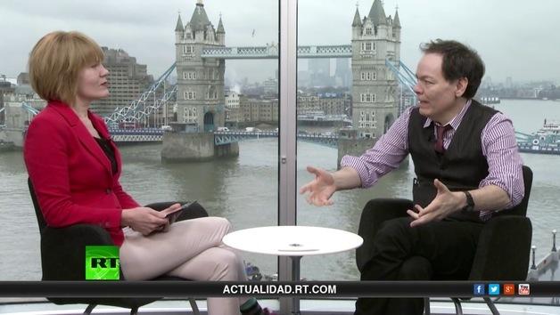 2014-02-01 - Keiser Report en español: El nuevo opio chino (E557)