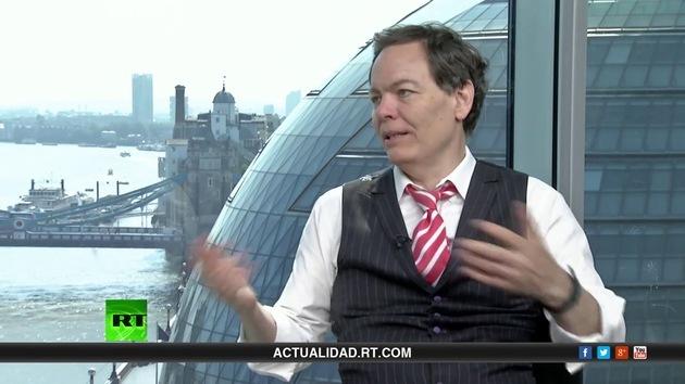 2014-07-26 - Keiser Report en español: Se avecina una nueva crisis financiera (E632)