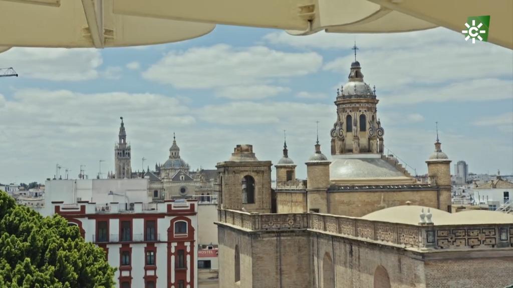Paseo por los patios de Sevilla (12/06/2021)