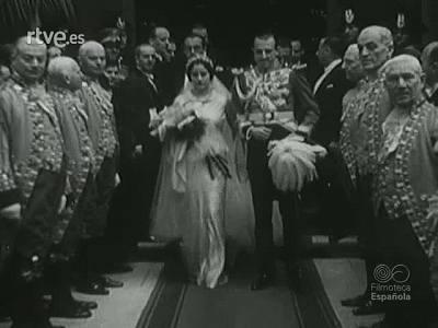 BODAS  DE PRINCIPES EN ROMA. 1935. (MATERIALES SIN M0NTAR)