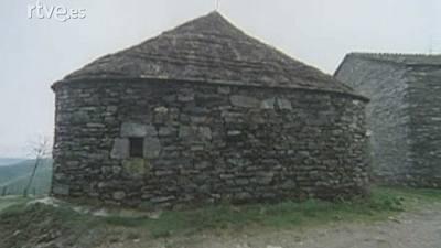Arquitectura popular en Galicia - La casa redonda. Pallozas del Cebrero