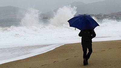 15 provincias en alerta por nieve, olas y rachas de viento