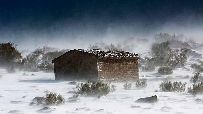 Alerta por nevadas, frío, viento y olas