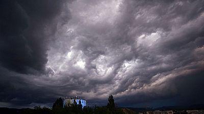 Chubascos y tormentas ocasionalmente fuertes en el este de Cataluña, Baleares y tercio sureste peninsular y temperaturas en ascenso en el área mediterránea