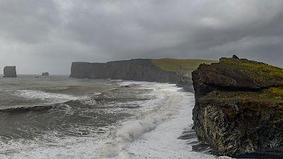 En Galicia, viento fuerte en el litoral y lluvias moderadas y persistentes en el oeste