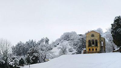 Frente dejará nieve, frío y viento en casi toda España, salvo en el área mediterránea
