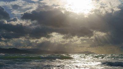 Intervalos de viento fuerte al principio en el Cantábrico oriental, Estrecho y mar de Alborán
