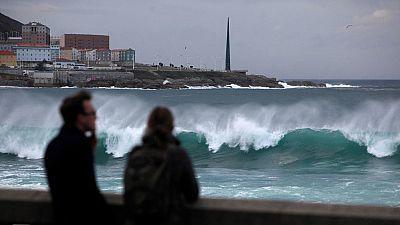 La borrasca Gloria dejará fuertes vientos y lluvias  y provocará nevadas en cotas muy bajas del Mediterráneo