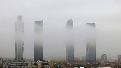 Lluvia en zonas del este peninsular y nieblas intensas en el interior