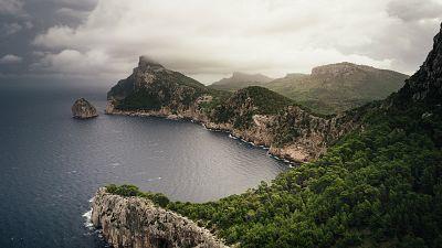 Precipitaciones fuertes o muy fuertes y persistentes en el tercio oriental peninsular y Baleares