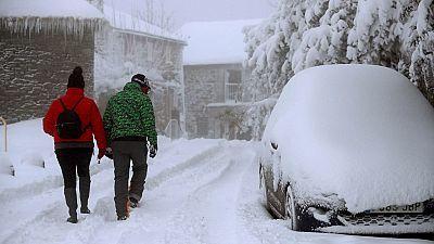 Un total de doce provincias en aviso por nevadas, lluvias, frío y fuerte oleaje