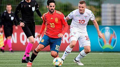 Fútbol - Partido Clasificación Eurocopa 2020: Islas Feroe - España