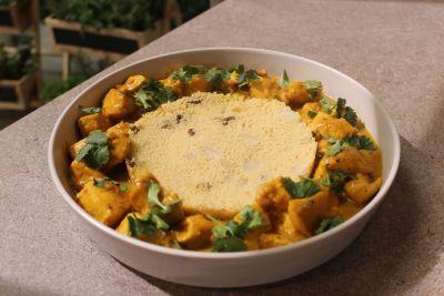 Hojaldre de espinacas y pollo al curry
