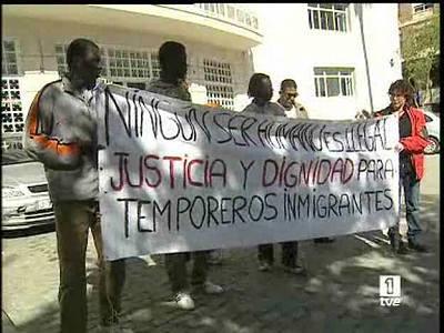 Inmigrantes sin papeles se declaran en huelga