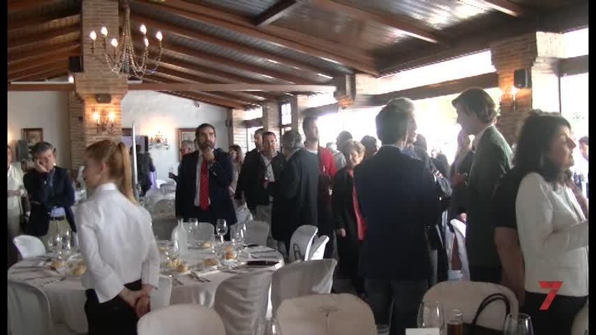 Temporada 5 Número 443 / 10/04/2019 PP Comida San Pedro con Adolfo Suarez
