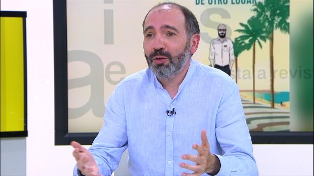 """O escritor Óscar Montoya preséntanos a súa segunda novela, """"De otro lugar"""" - 07/07/2019 13:15"""