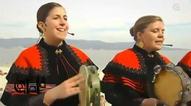 Agrupación Folclórica Ximiela de Louro - 25/08/2013 22:05