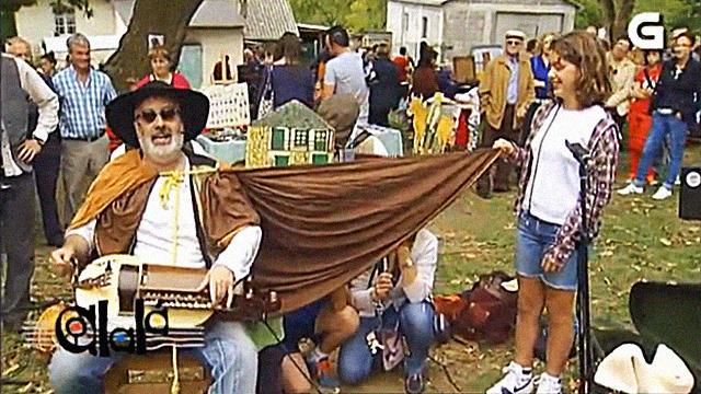 Cantos de cego na Feira de Doncos - 19/05/2012 22:05