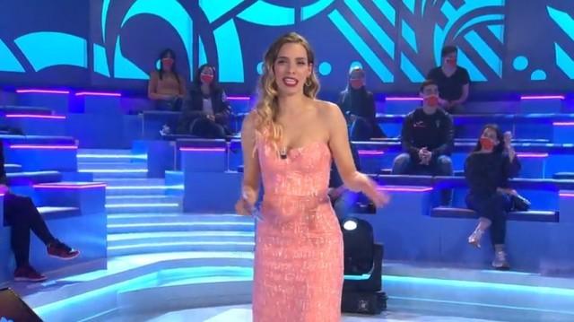Especial Nadal. Presenta María Mera e actúan Javi Cantero,  Broken Peach, e El Combo Dominicano - 19/12/2020 22:00