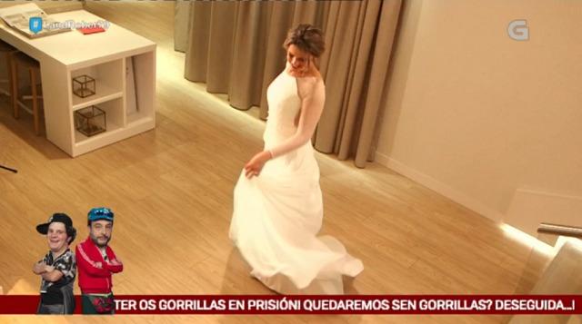 Carmen Lomana axudou en Madrid a Eva Iglesias a escoller o vestido - 02/03/2017 23:49