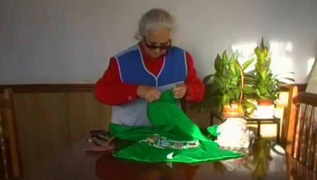 Leluca, Youtuber: como facer trapos dunha camiseta - 11/11/2015 22:00