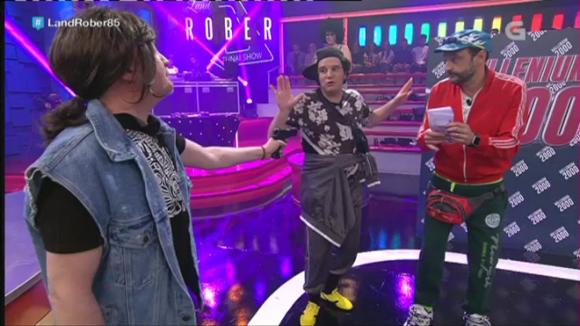 Os Gorrillas dano todo na discoteca Millenium 2000 - 21/04/2017 00:57