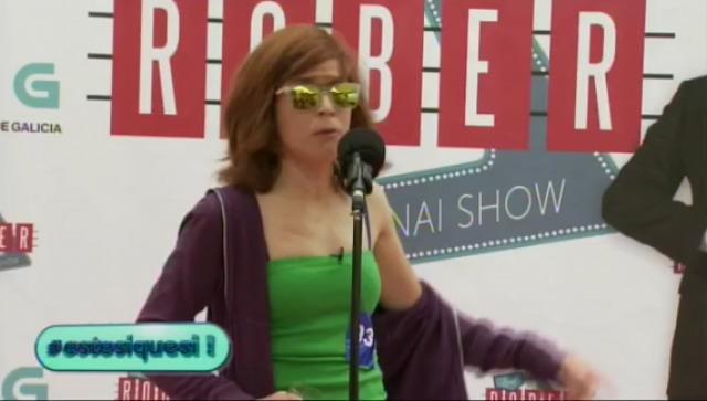 Samantha preséntase ao cásting do Land Rober Tunai Show - 30/09/2015 22:00