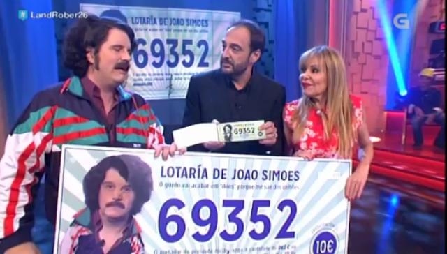 Xogando á lotería de João Simões con Ana Obregón - 04/11/2015 22:00