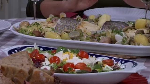 Bacallau con ameixas e pasteis de marmelada de pera e requeixo - 12/05/2016 22:00