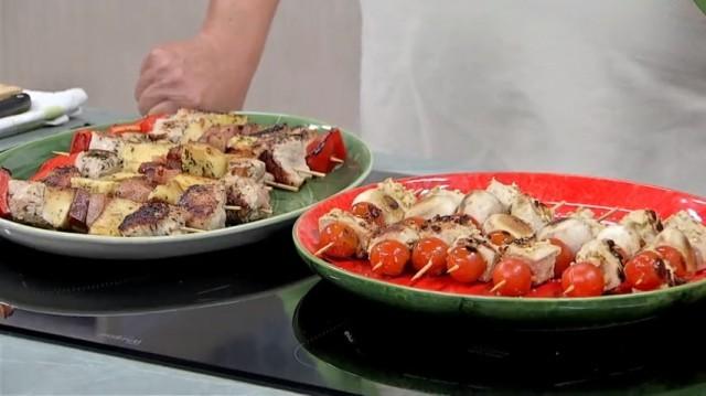 Espetos de pavo con verduras e froitas, mousse con picotas e galletas de canela - 15/01/2019 22:45