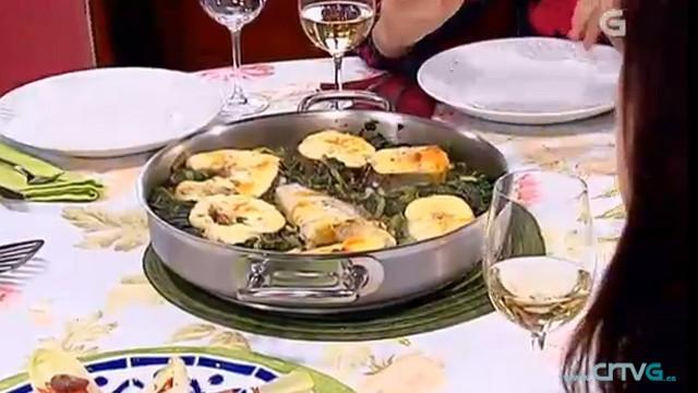 Polbo á grella / Ensalada de endivias e polbo / Pescada con grelos - 14/08/2013 22:15