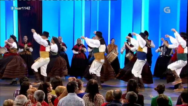 A Asociación Cultural Candaira interpreta 'Xotas de Torán e Xocín' - 05/10/2018 22:40