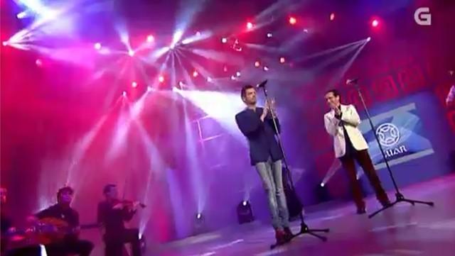 """Actuación de Davide e Eliseo Parra """"Jota de moscoso"""" - 11/11/2011 00:00"""