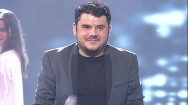 """Alberte Suárez interpreta """"Vou perder a cabeza por amor"""" - 29/06/2019 01:44"""
