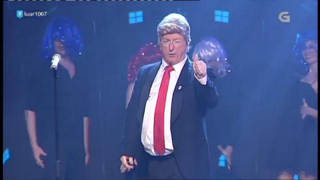Donald Trump cantando no Luar! - 03/02/2017 22:17
