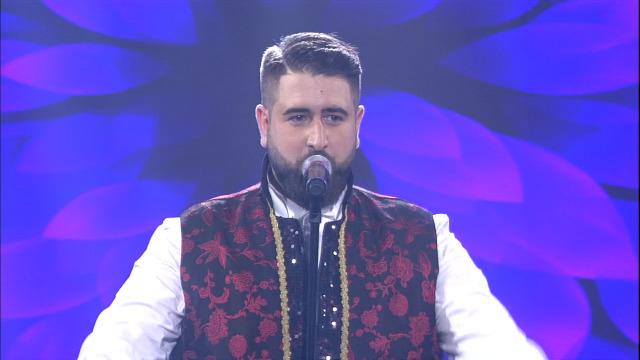 Esteban Fuentes, das terras de Compostela, canta 'Violetas imperiais' - 22/06/2019 01:48