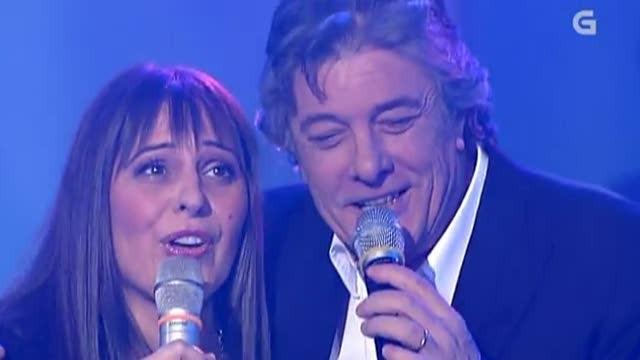 """Francisco e Iolanda Vázquez cantan """"A Santiago vou"""" - 17/11/2012 00:46"""