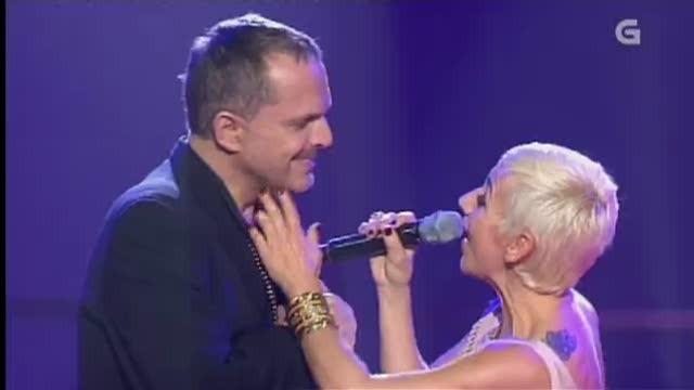 "Miguel Bosé e Ana Torroja interpretan ""Corazones"" - 22/03/2013 00:00"
