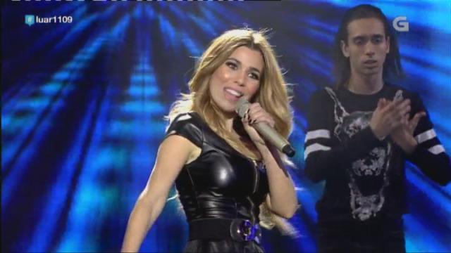 Natalia puxo a bailar a todo o público co seu 'Mix fin de año' - 05/01/2018 22:59