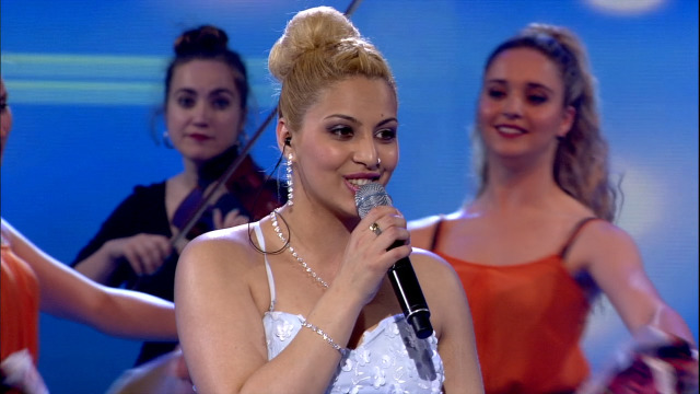 Nere Blanco, da Terra Cha, interpreta 'Meu ceo tan lindo' - 11/05/2019 02:05