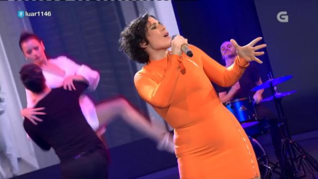Rosa López canta 'Ahora sé quién soy' e contesta as preguntas do público - 02/11/2018 23:28