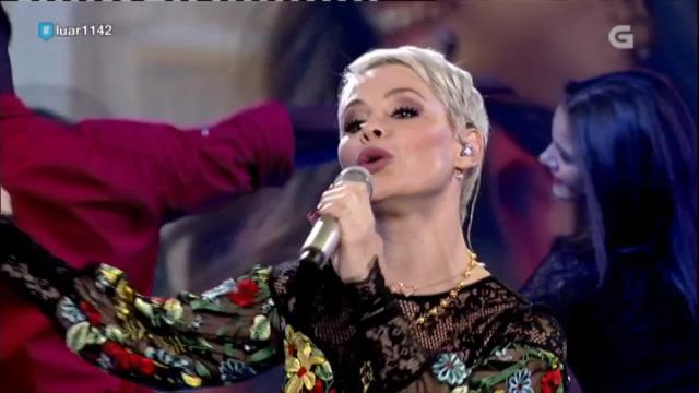 Soraya Arnelas canta para nós 'Yo brindo' e fálanos da súa vila, Valencia de Alcántara - 05/10/2018 23:49